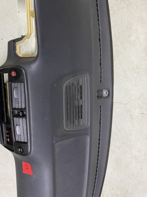 Center vented dashboard